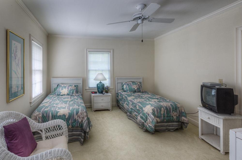320 bedroom-two.jpg