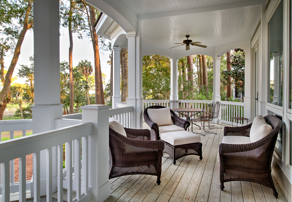 060 porch-siiting-area-PS2.jpg