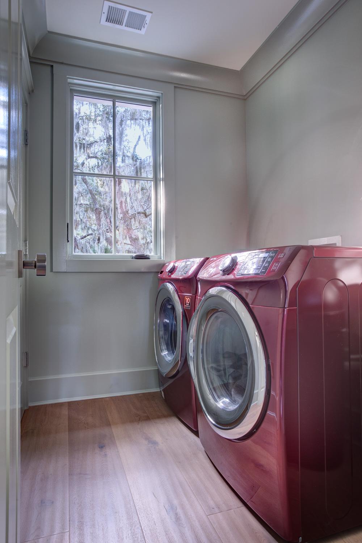 300 laundry-room-PS2.jpg
