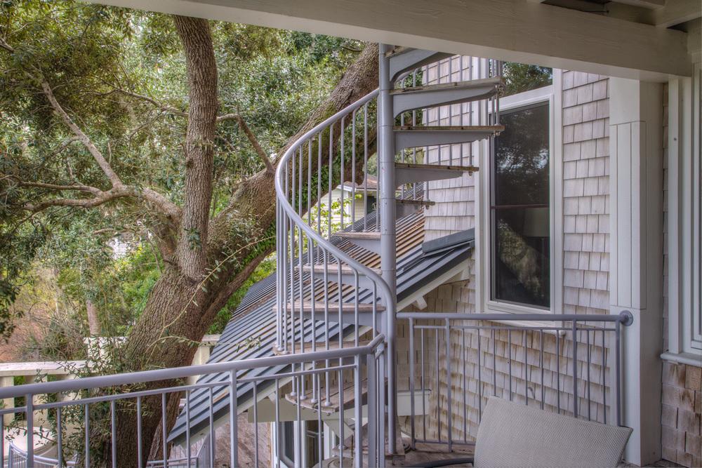 260 circular-stairs.jpg