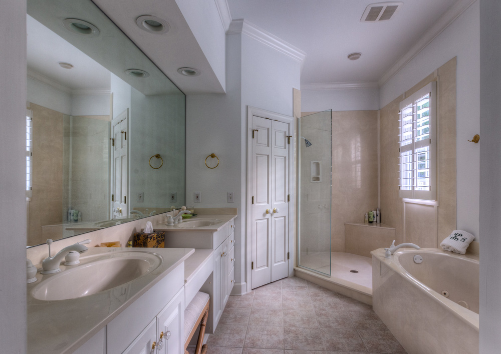 310 upper-master-bath-PS1.jpg