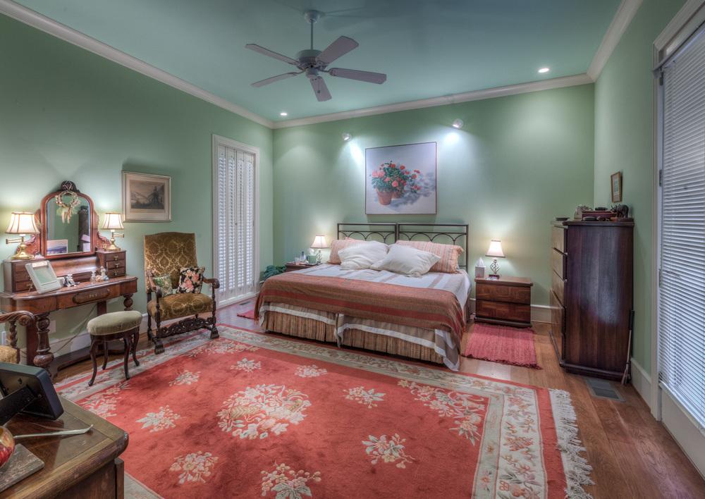 300 master-bedroom.jpg