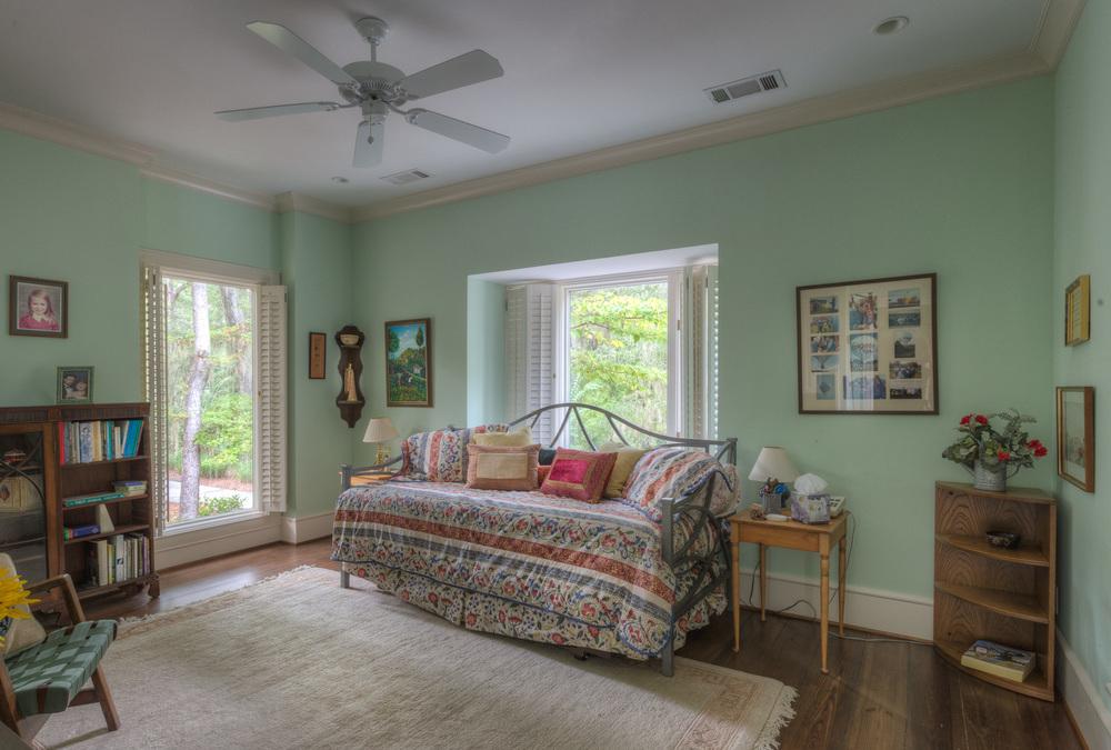 330 guest-house-bedroom.jpg