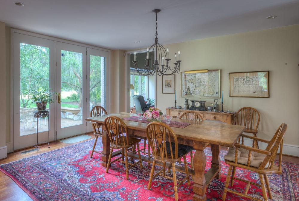 160  dining-room.jpg