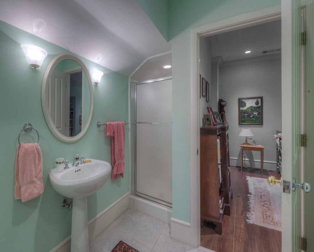 327 guest-house-bath.jpg