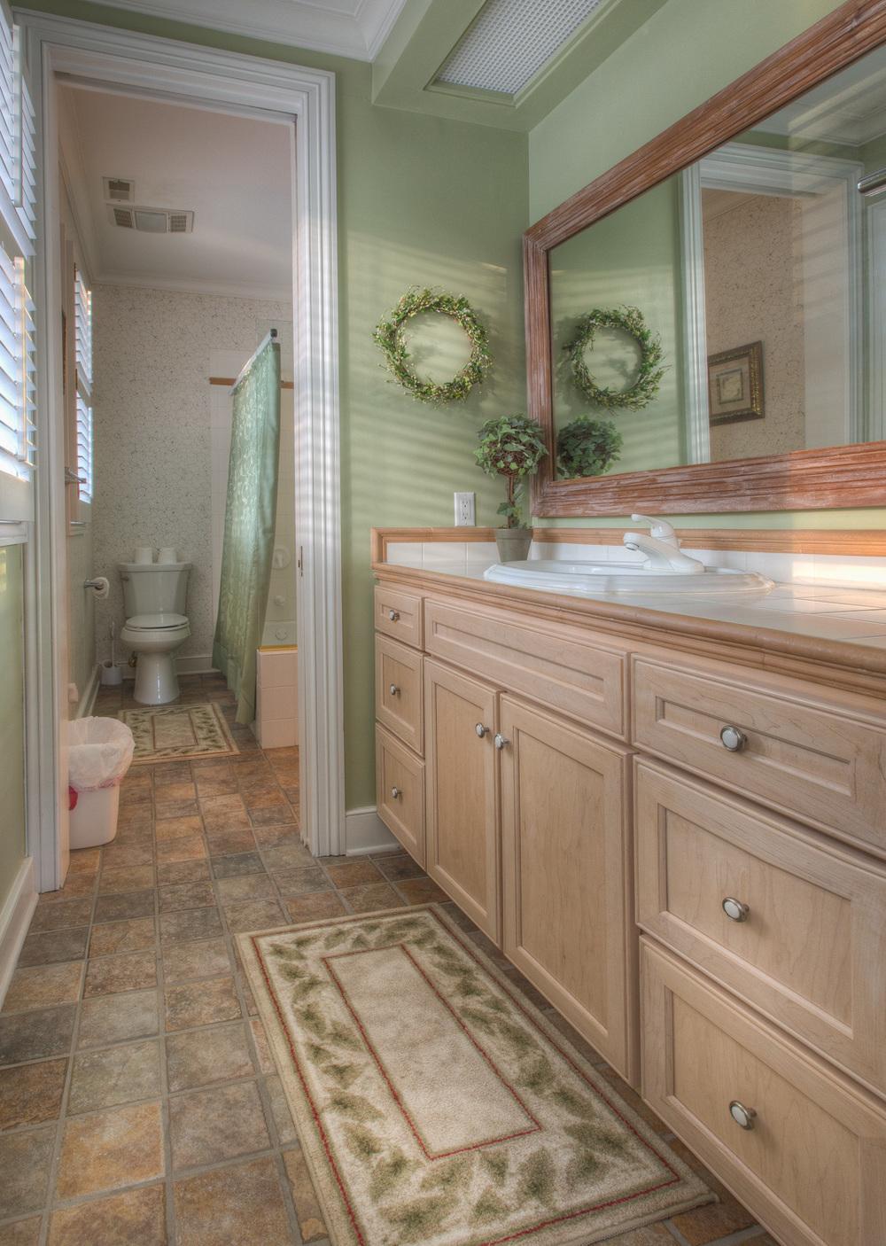 120 bath-two.jpg