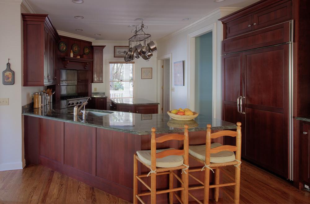 115 kitchen-no-light-PS1.jpg