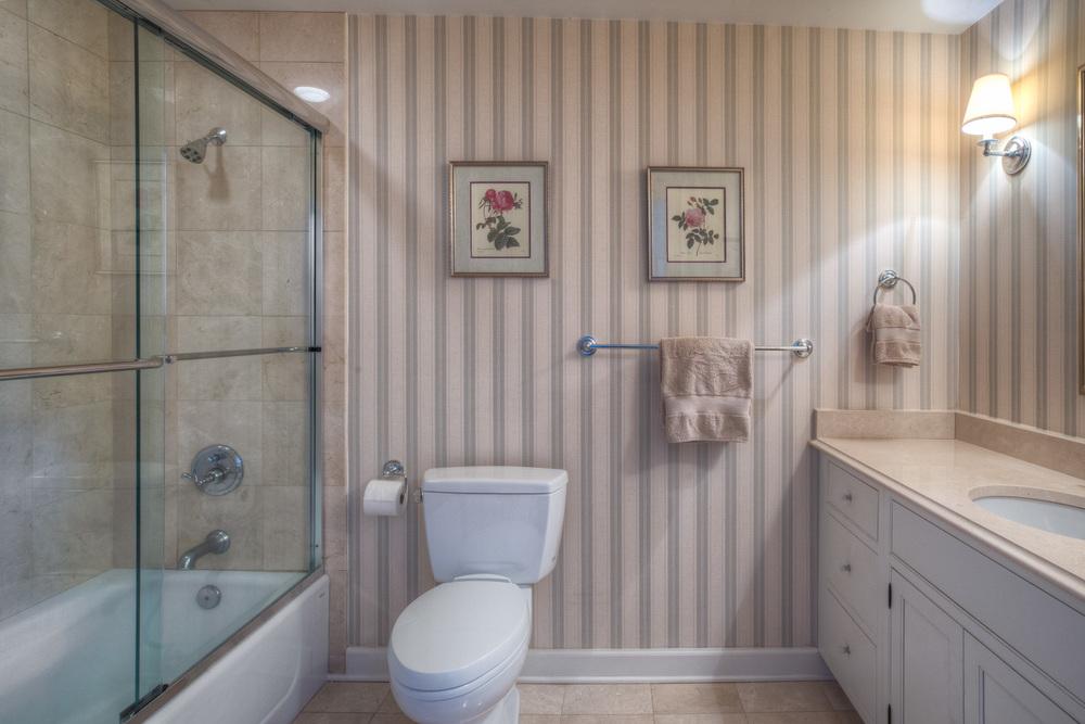 250 bedroom-two-bath-PS1.jpg