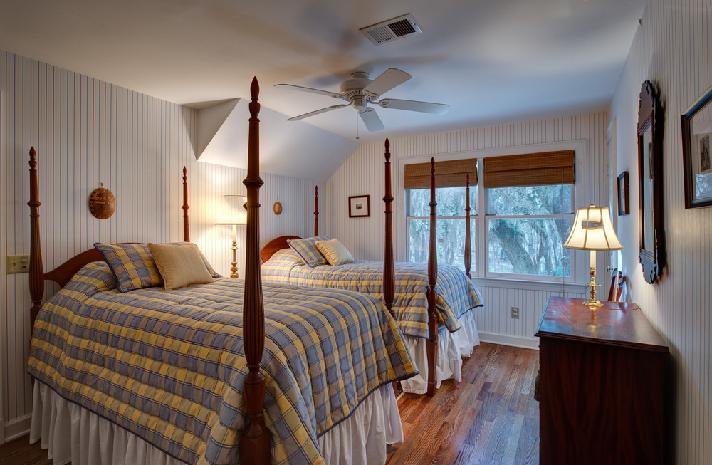 240 bedroom-two-PS1.jpg