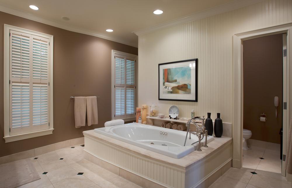 013 master-bathroom-tub-PS1.jpg