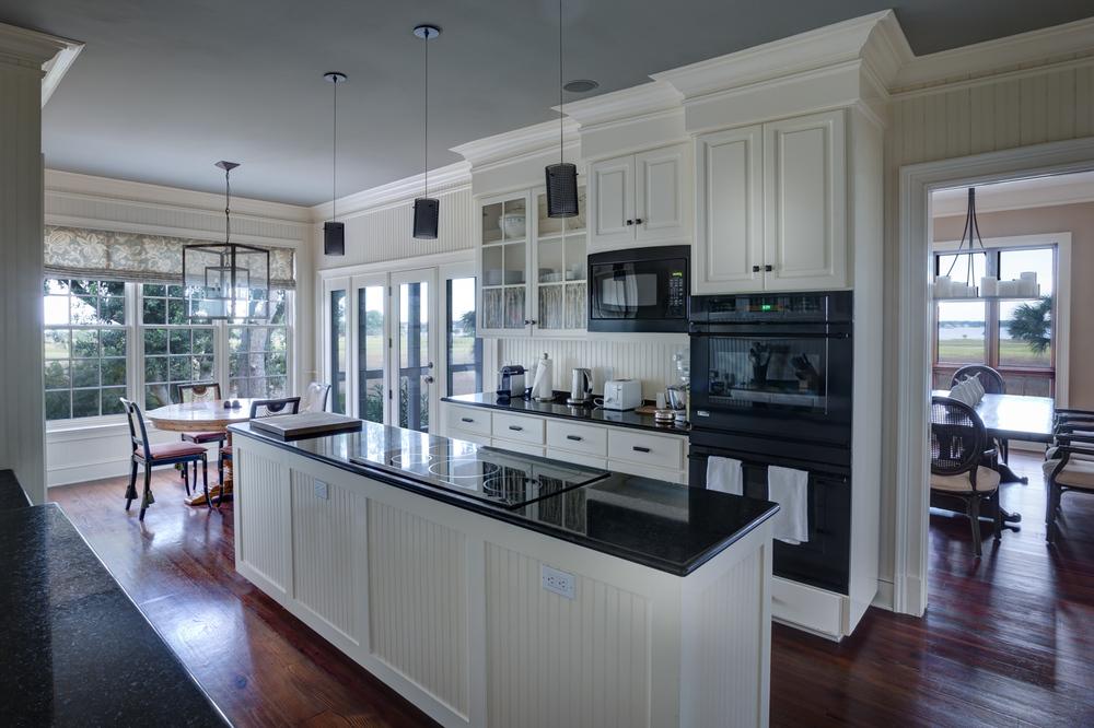 060 kitchen-to-window-PS2.jpg