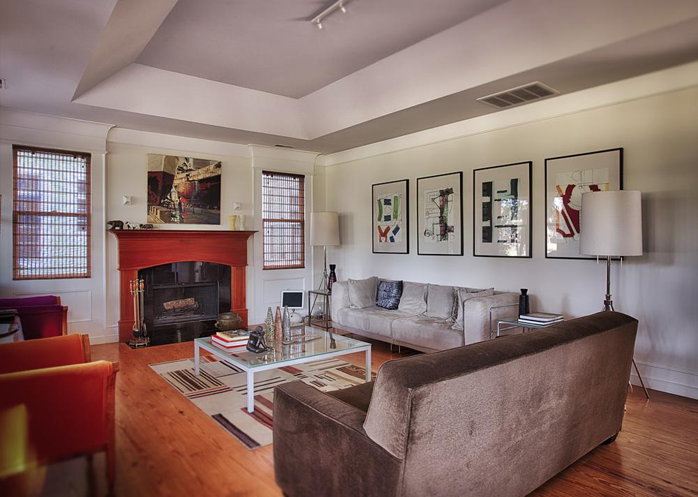 070 living-room-PS1.jpg