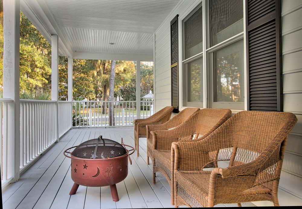 120 porch-grill.jpg