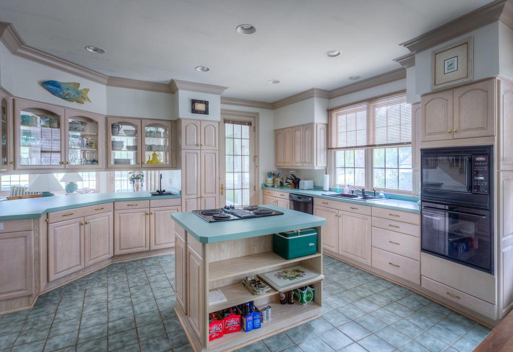 040 kitchen-window-1.jpg