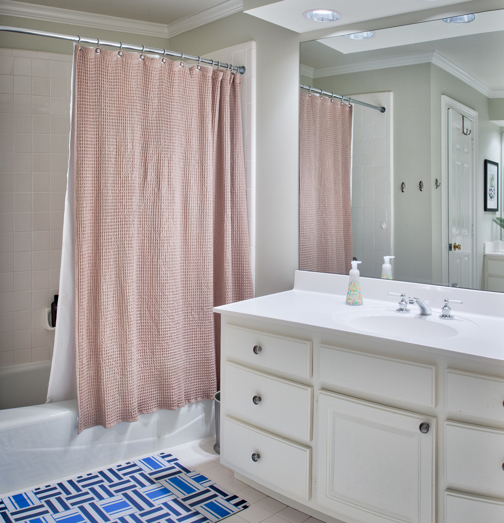 220 bath-one.jpg
