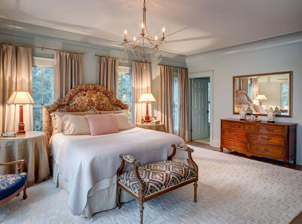 040 master-bedroom.jpg