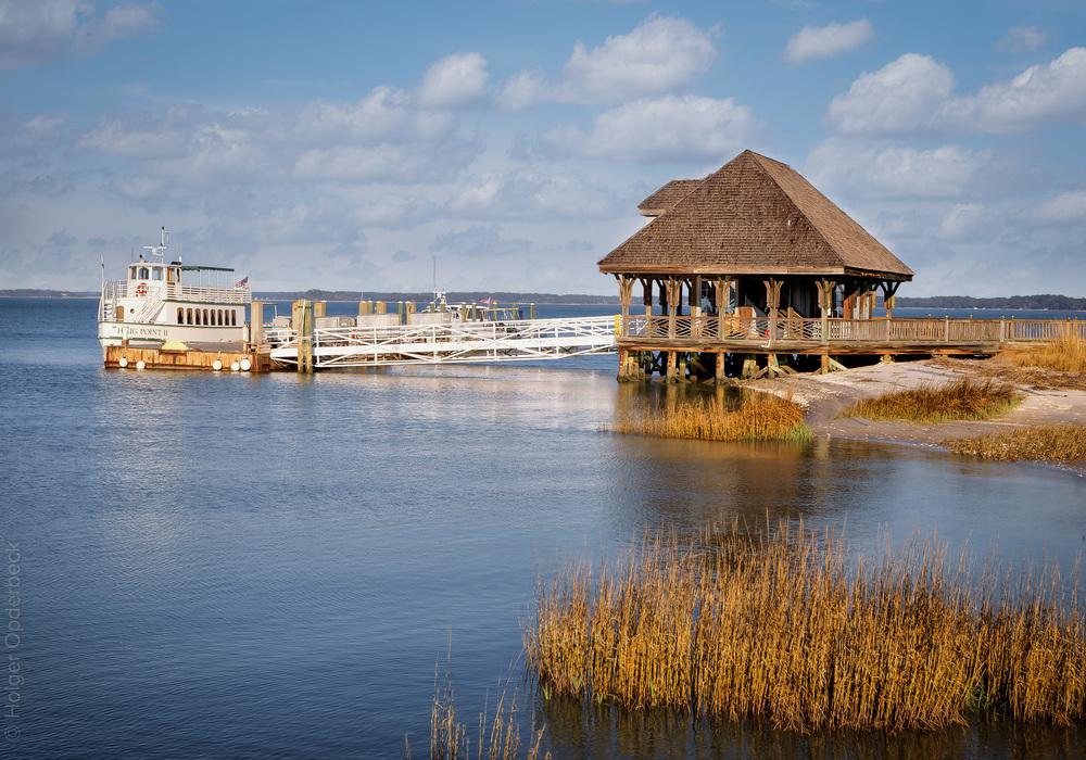 grasses-haig-point-dock-boat.jpg