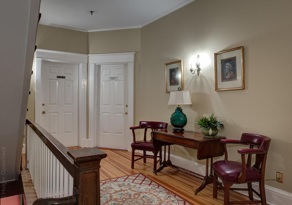600 hallway-PS1.jpg
