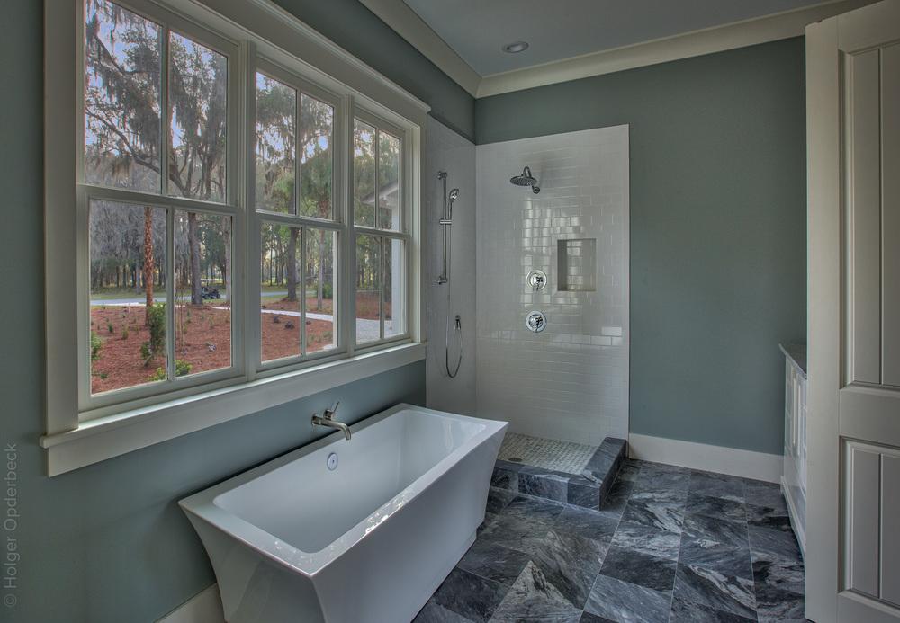 230 master-bath-tub-PS1.jpg