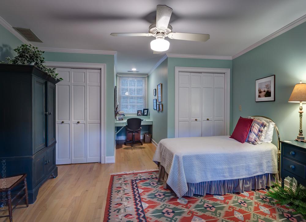 250 upper-bedroom-to-front-PS1.jpg