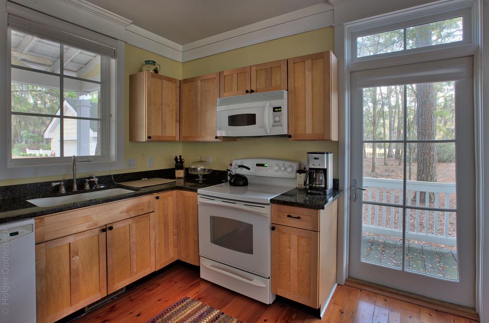 130 kitchen-door-2.jpg