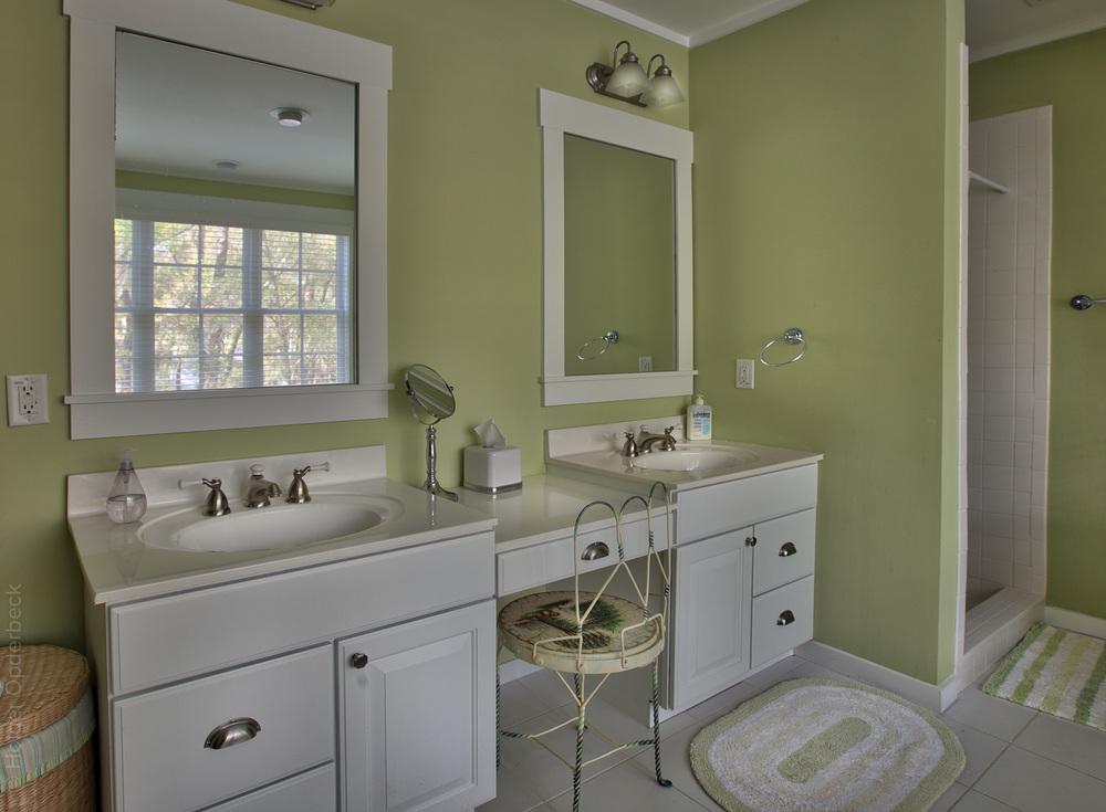 230 master-bath-sink-2.jpg