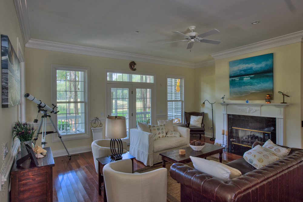 115 living-room-fireplace.jpg