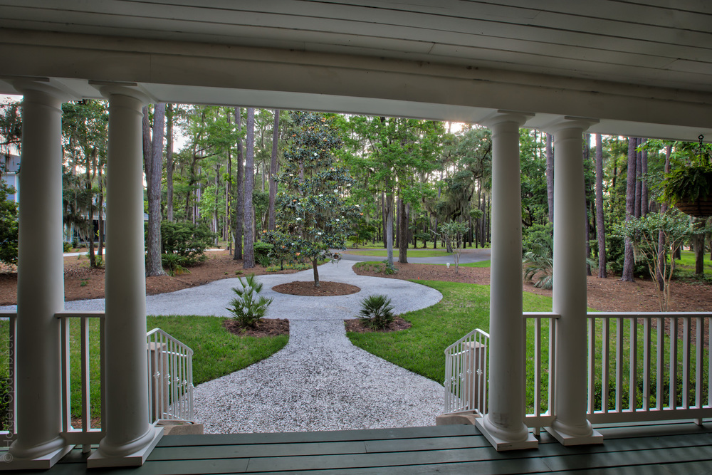 080 front-porch-view.jpg