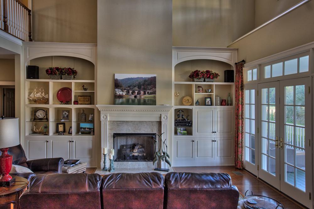 130 living-room-fireplace.jpg