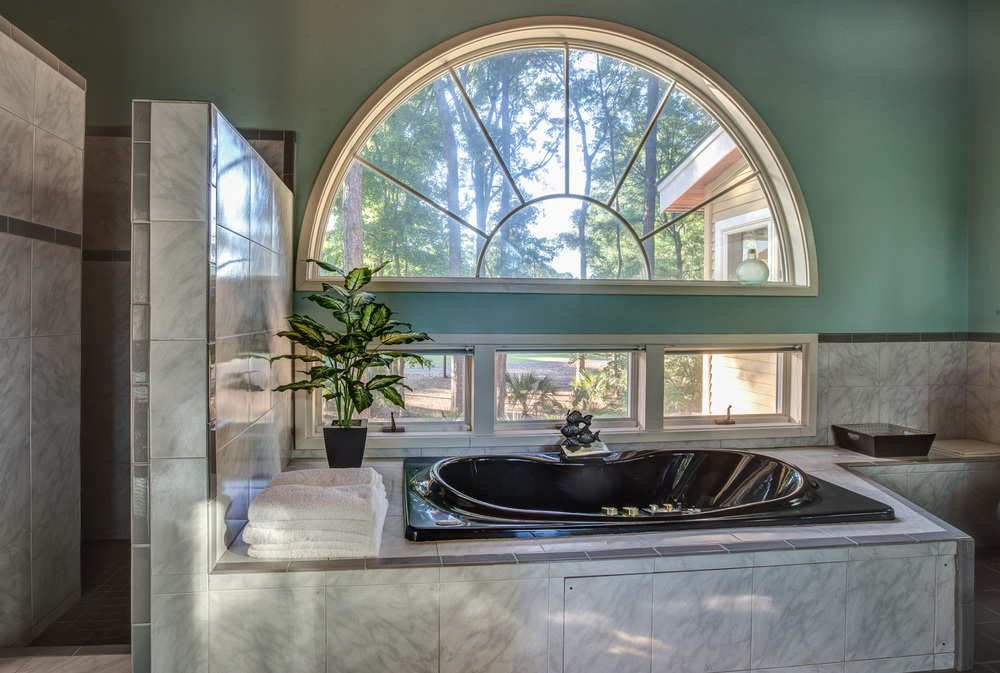 010 master-bath-window.jpg