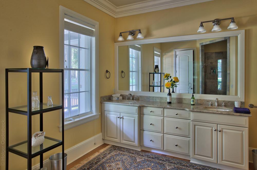 160 master-bath-sink.jpg