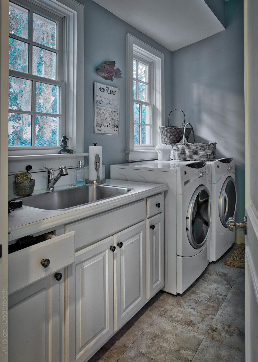 325 laundry-room.jpg
