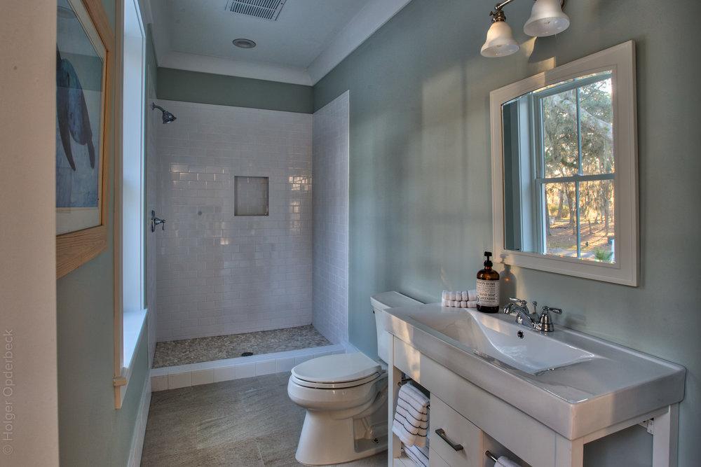 guest-bath-PS1.jpg