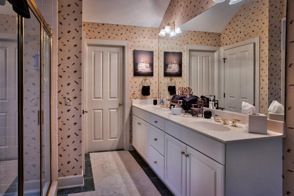 bathroom-one-sink-PS1.jpg