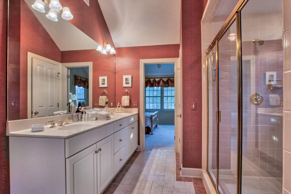 bathroom-two-sink-PS1.jpg