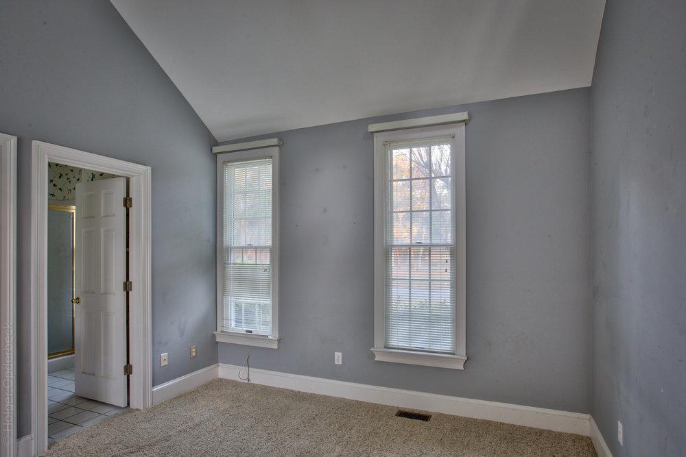 bedroom-vacant.jpg