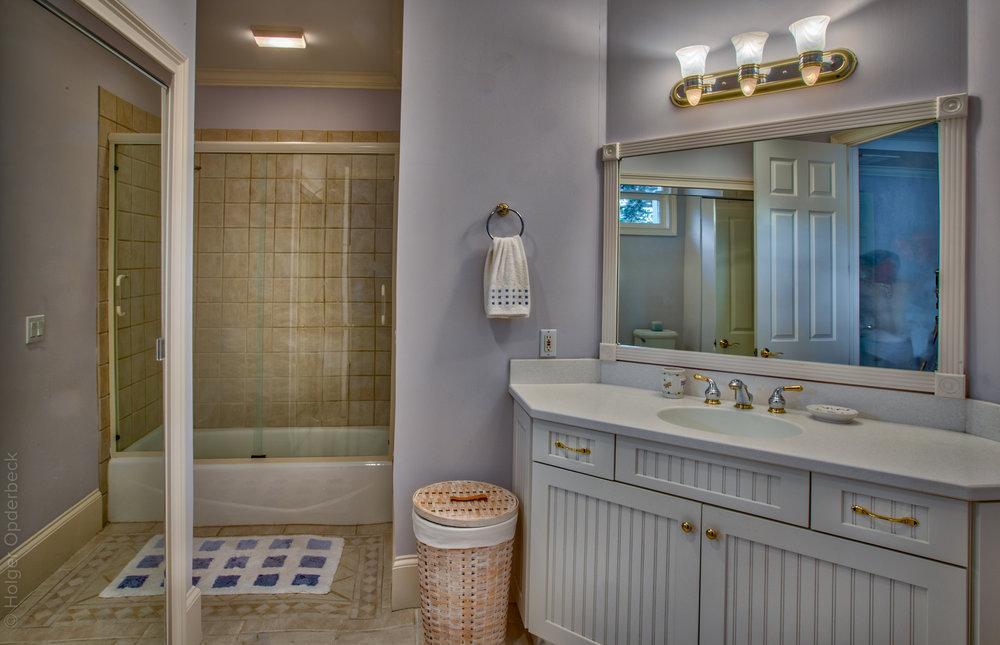 bathroom-one-2.jpg