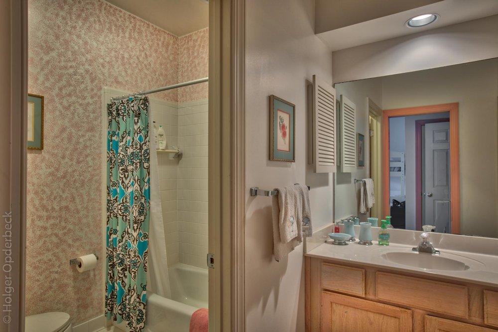 bedroom-bath.jpg