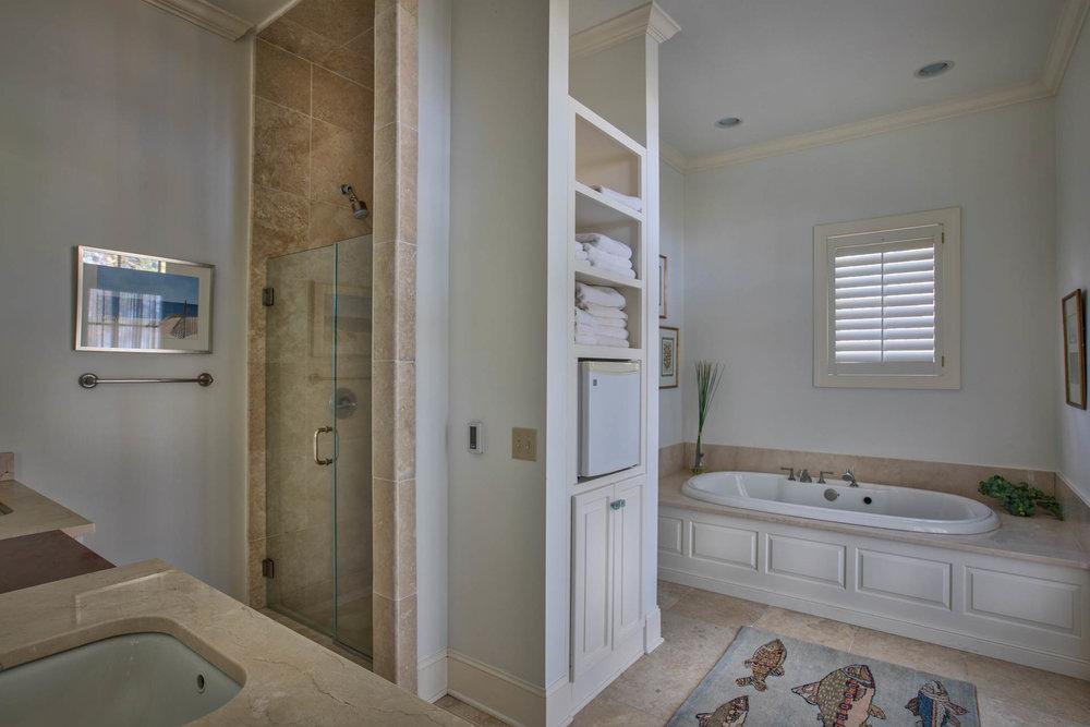 bedroom-master-bath-all.jpg