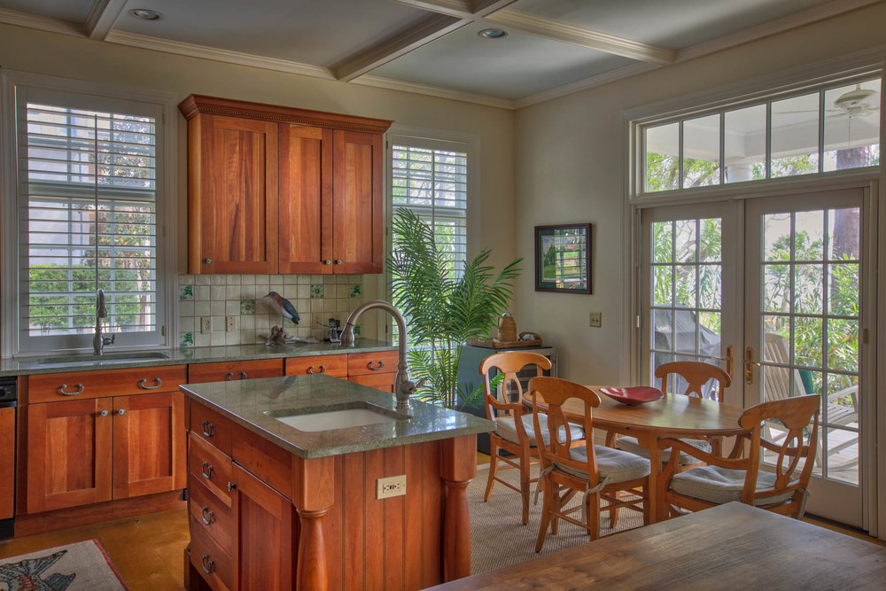 living-kitchen-table.jpg