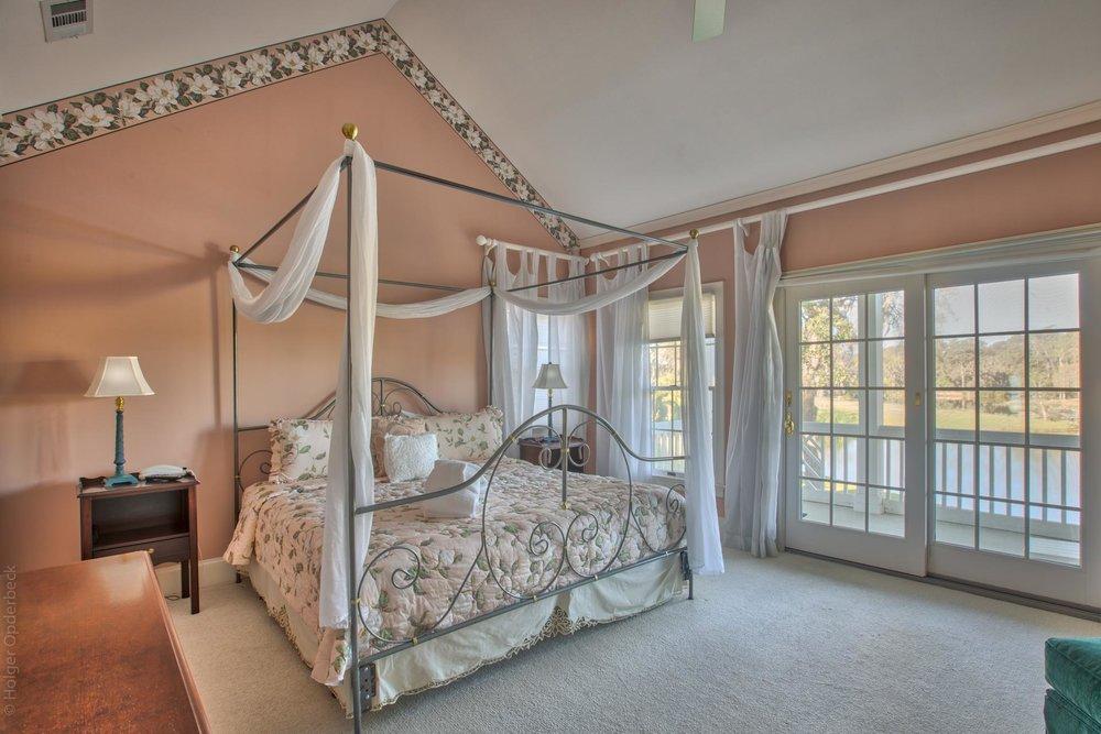 master-bedroom-n.jpg
