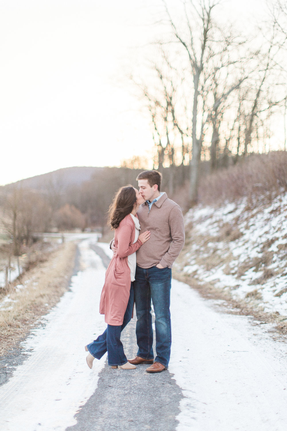 Abigail_Jill_Photography_Maryland_Engagement_Farm_Emily_Justin11.jpg