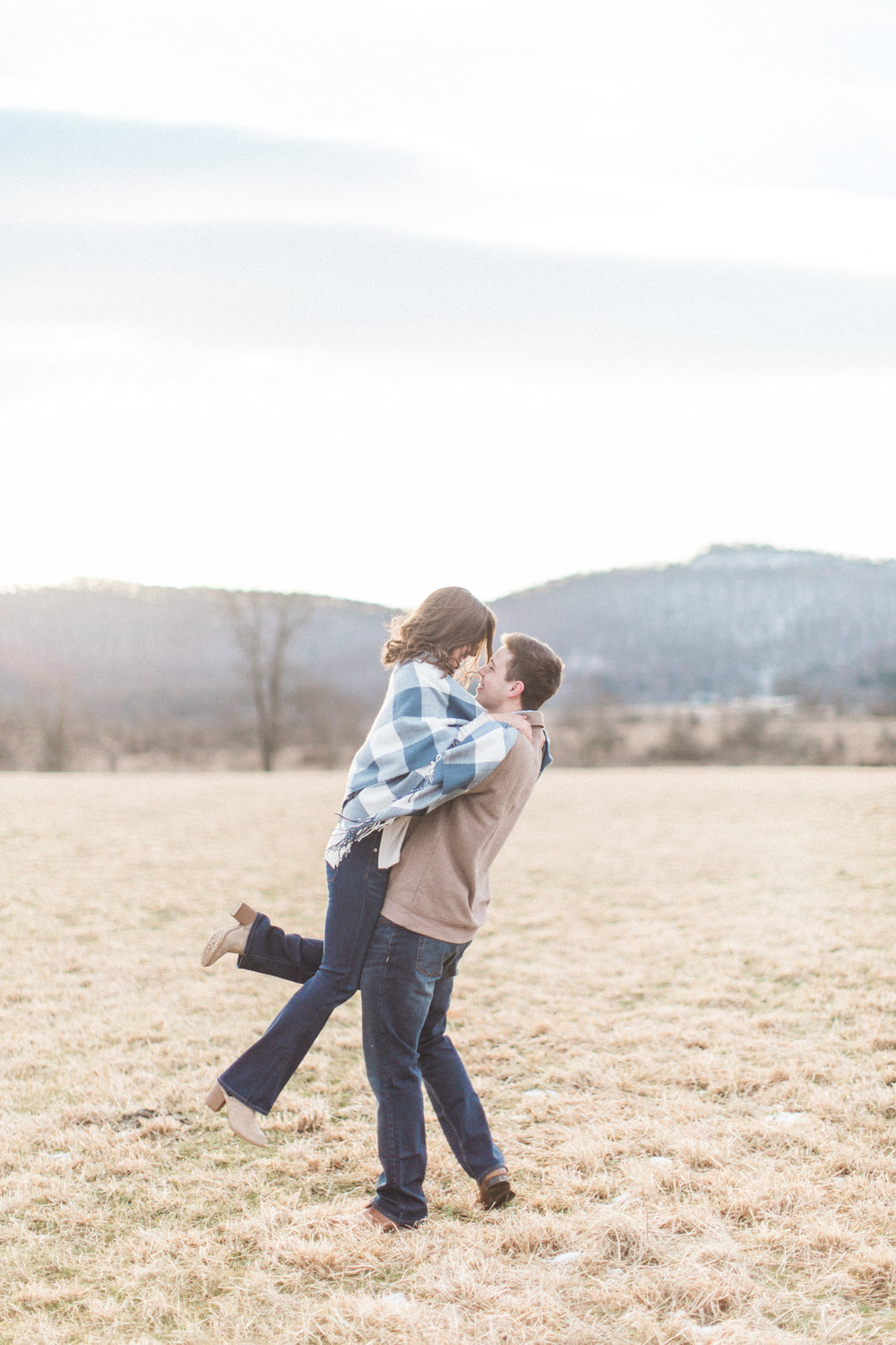 Abigail_Jill_Photography_Maryland_Engagement_Farm_Emily_Justin124.jpg