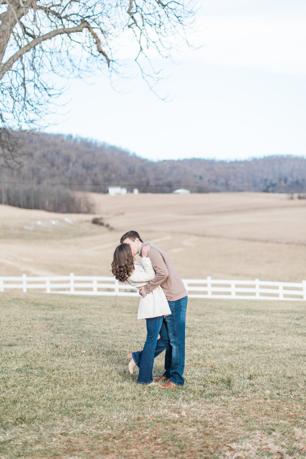 Abigail_Jill_Photography_Maryland_Engagement_Farm_Emily_Justin186.jpg
