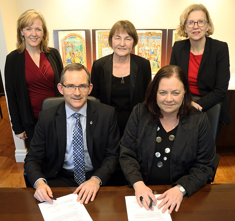 Front: Dr. Robert Summerby-Murray, President, Saint Mary's University; Nancy Noble, Director and CEO, Art Gallery of Nova Scotia  ; Back: Erin Sargeant Greenwood, Vice-President of Advancement, Saint Mary's University; Judy Dietz; Diane Chisholm, Chief Advancement Officer, Art Gallery of Nova Scotia