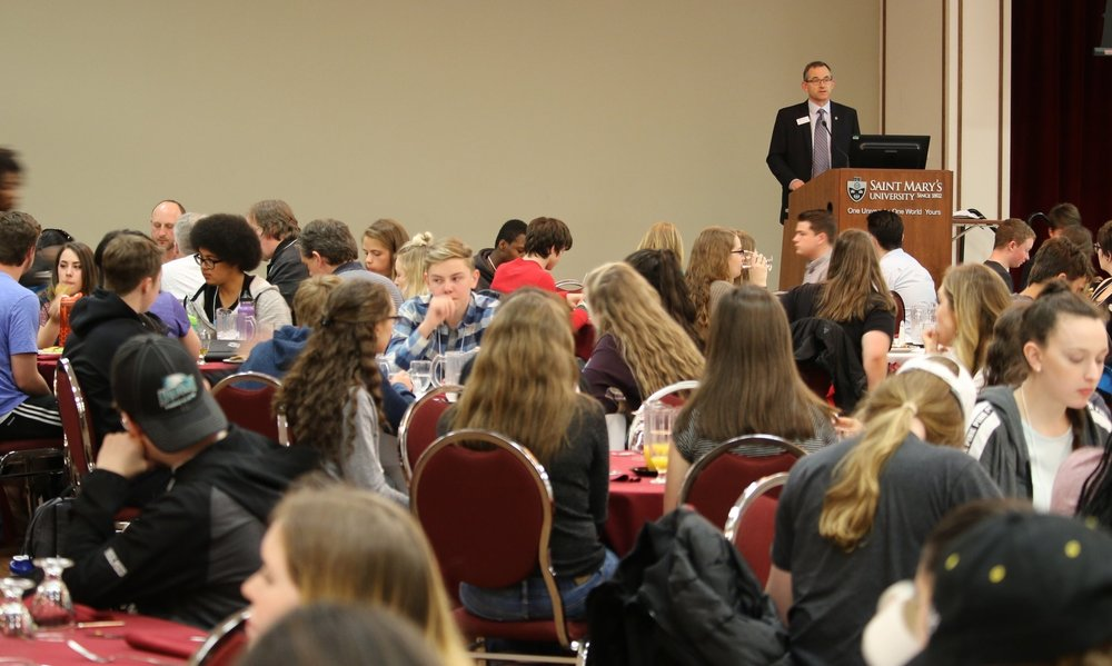Saint Mary's President Dr. Robert Summerby-Murray addresses AP students