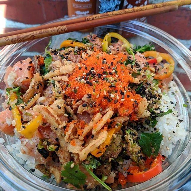 No tricks, just treats...HAPPY HALLOWEEN 🎃👻 . . . . . . #dothehokepoke #hokepoke #pokebowlgoals #pokebowl #dtlafoodie #dtlalove #foodies #foodstagram #sushilover #spicytuna #salmonpoke #lafoodie #foodporn #foodbeast #foodstagram #yelpla #dinela #eaterla #laeater #healthyeats #mealprep #foodbeast #postmates #nohoartsdistrict #northhollywood #lafoodie #labites #vegan #yogisofinstagram