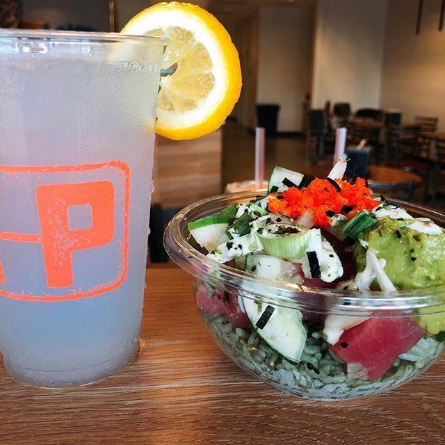 It's o-fishally Friday 🐠 #dothehokepoke . . . . . . #pokelover #hokepoke #pokebowlgoals #pokebowl #dtlafoodie #noho #foodies #foodstagram #sushilover #spicytuna #salmonpoke #lafoodie #foodporn #foodbeast #foodstagram #yelpla #dinela #eaterla #laeater #healthyeats #mealprep #foodbeast #postmates #nohoartsdistrict #northhollywood #lafoodie #labites #vegan #yogisofinstagram
