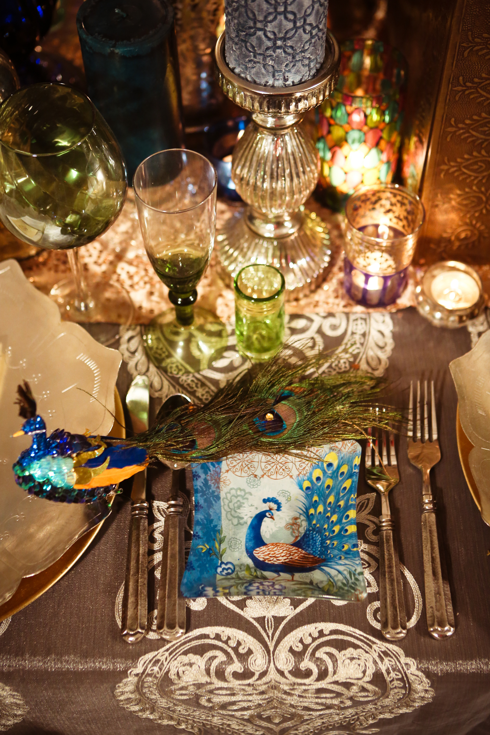 NudratOwensPhotography_AnaisEvents_peacocktable-top20 - 20.jpg