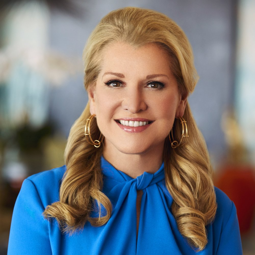 MINDY_GROSSMAN_HEADSHOT_2017_14_5[6378].jpg